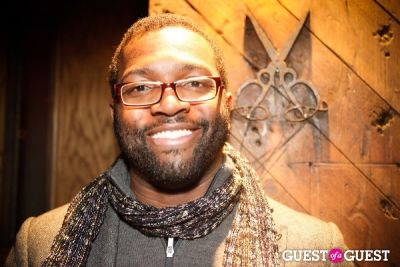 baratunde thurston in Behind the scenes shoot: Whitney Cummings/Harley Viera on set of new Lexus hybrid web campaign, Darkcasting