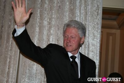 bill clinton in 2010 Atlantic Council Awards Dinner with Bono & Bill Clinton
