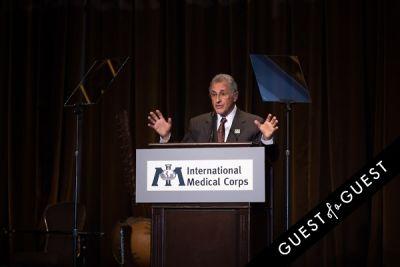bob simon in International Medical Corps Gala