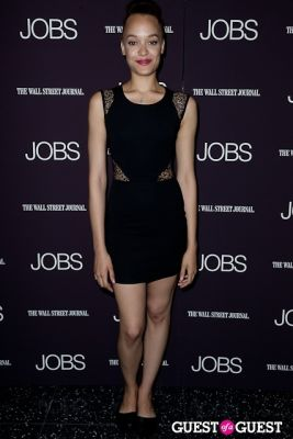 britne oldford in Jobs (The Movie) Premiere