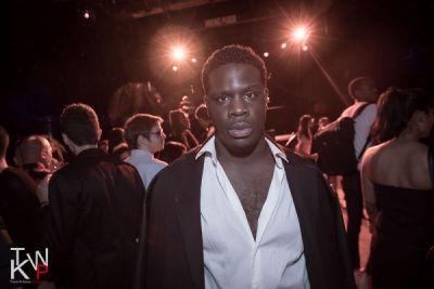 calvin play in DKNY Celebration Party NYFW