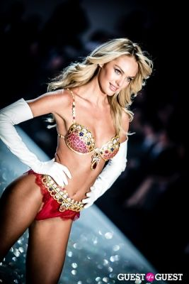 candice swanepoel in Victoria's Secret Fashion Show 2013
