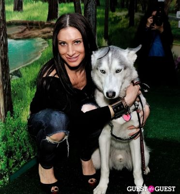 caroline loevner in Doggie-Do and Playtime Too Canine Couture Fashion Show