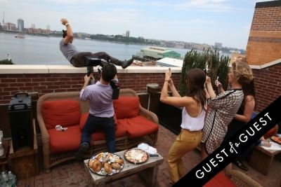 casey neistat in Guest of a Guest's You Should Know: Behind the Scenes