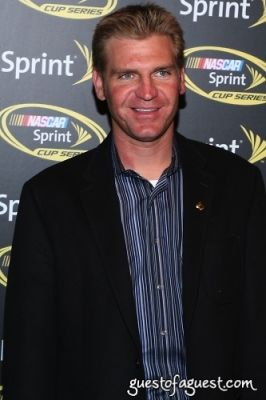 clint bowyer in NASCAR CHamp Celebration Red Carpet