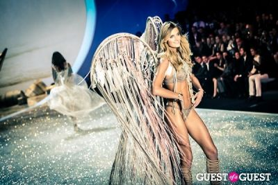 constance jablonski in Victoria's Secret Fashion Show 2013