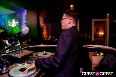 dj dave in NYE @ Redline Lounge