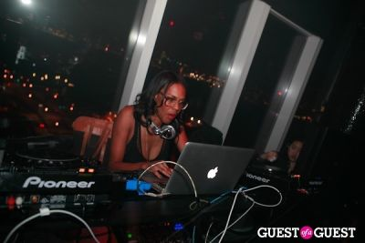 dj lindsey in Liaison Femme Launch With Tom Tom Magazine