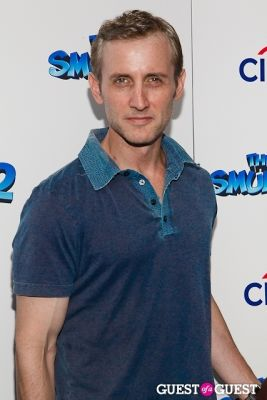 dan abrams in The Smurfs 2