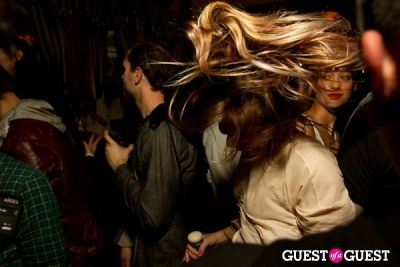 daveigh chase in Black Banditz Afterparty @ Hemingway's