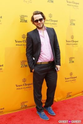 derek blasberg in Veuve Clicquot Polo Classic at New York