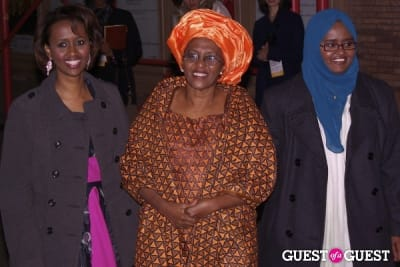 dr. hawa-abdi-and-daughters in Glamour - Women of the Year 2010