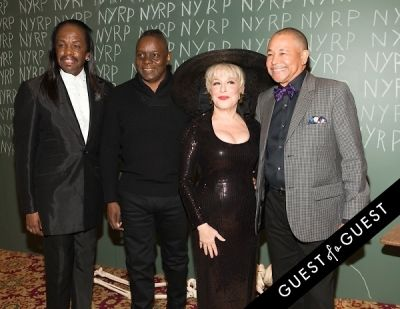 wind in Bette Midler Presents New York Restoration Projects 19th Annual Halloween Gala: Fellini Hulaweeni