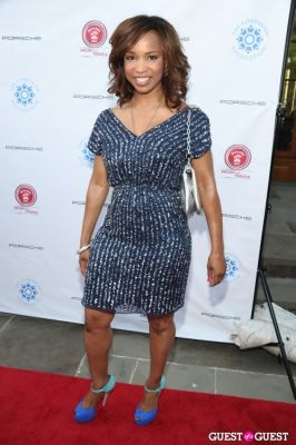 elise neal in Compound Foundation Fostering A Legacy Benefit Honoring George Lucas