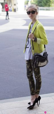 elizabeth mccormick in NYFW Day 2 Street Style At The Tents