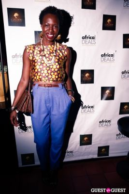 enyinne owunwanne in Cocody Productions and Africa.com Host Afrohop Event Series at Smyth Hotel