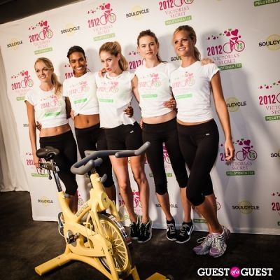 doutzen kroes in Victoria's Secret Supermodel Cycle Ride