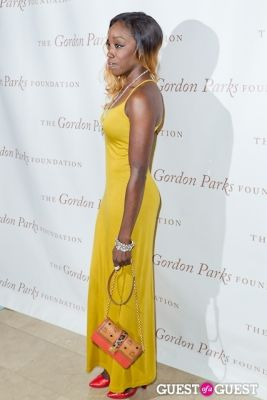estelle in The Gordon Parks Foundation Awards Dinner and Auction 2013