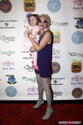 grace forster in Cupcakes That Care Red Carpet Family Event