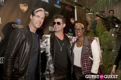 robin thicke in Los Angeles Confidential Grammy Party With Robin Thicke - Arrivals