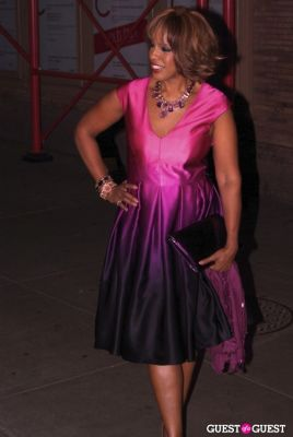 gayle king in Glamour - Women of the Year 2010