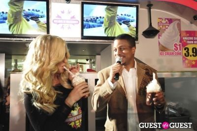 geoff -gill-and-kim-zolciak in Kim Zolciak and Unite Hair take over Millions of Milkshakes and YG makes a surprise appearance!