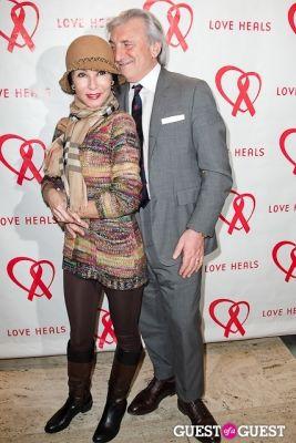 julian niccolini in Love Heals 2013 Gala