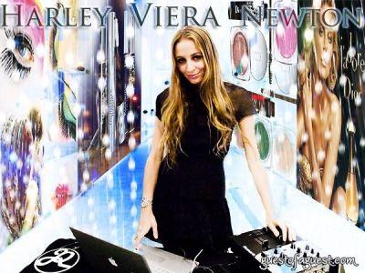 harley viera-newton in Dior DJ Harley Viera-Newton