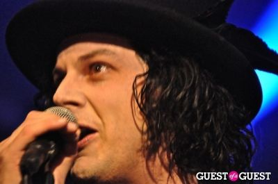 jack white in The Dead Weather and Harlem ROCK The Hollywood Palladium!!!