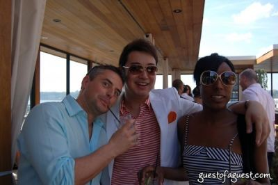 nicola amos in Rooftop Brunch at Hudson Terrace