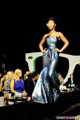 jahaira bratton in Walk This Way With Becky's Fund 2012