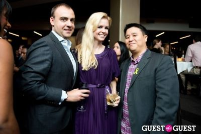 jamie bowersox in Sip with Socialites & Becky's Fund Happy Hour