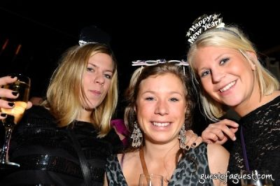ulrikke nicolaisen in Day & Night New Year's Eve @ Revel
