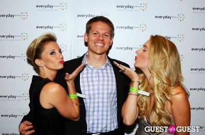 jeff theis in The 2012 Everyday Health Annual Party