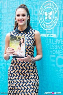 Jessica Alba - The Honest Life Book Signing