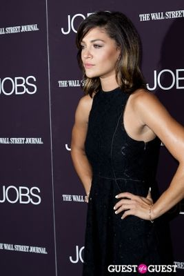 jessica szohr in Jobs (The Movie) Premiere