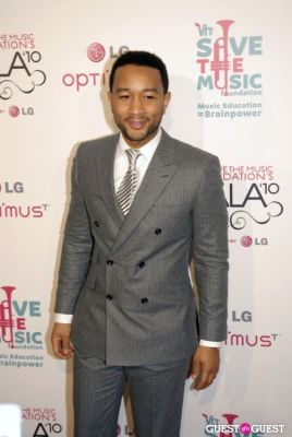 john legend in VH1 SAVE THE MUSIC FOUNDATION 2010 GALA