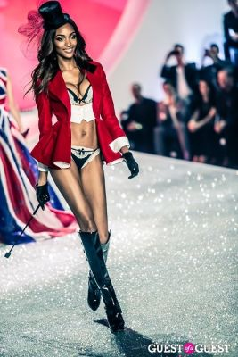 jourdan dunn in Victoria's Secret Fashion Show 2013