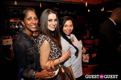 julia moosakhanian in Sip with Socialites November Happy Hour