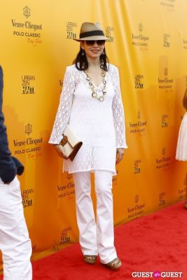 julianna margulies in Veuve Clicquot Polo Classic at New York