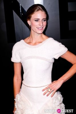 julie henderson in Chanel Fine Jewelry Presents