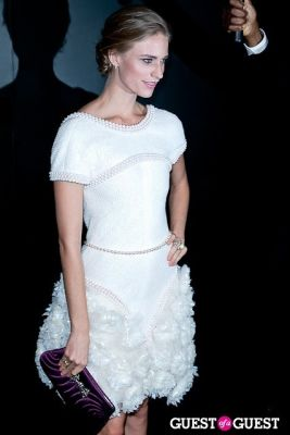julie henderson in Chanel Fine Jewelry Presents