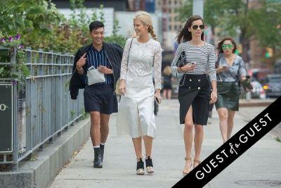 kate davidson-hudson in Fashion Week Street Style: Day 2