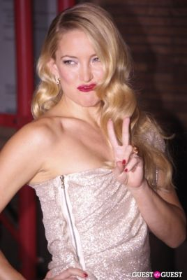 kate hudson in Glamour - Women of the Year 2010