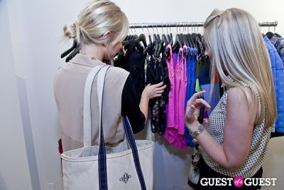 kelly kaminskas in The Well Coiffed Closet and Cynthia Rowley Spring Styling Event