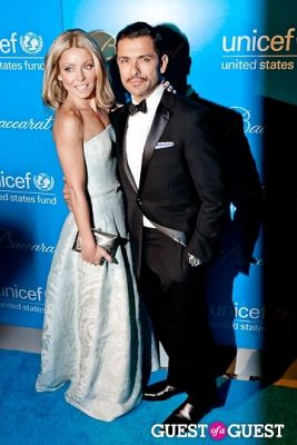 kelly ripa in The 8th Annual UNICEF Snowflake Ball