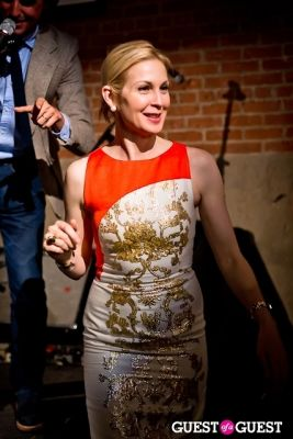 kelly rutherford in FREE ARTS NYC Annual Art Auction Celebrating Richard Phillips