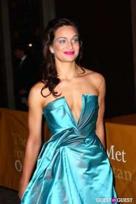 kelsea scarlett in metropolitan opera opening night 2010