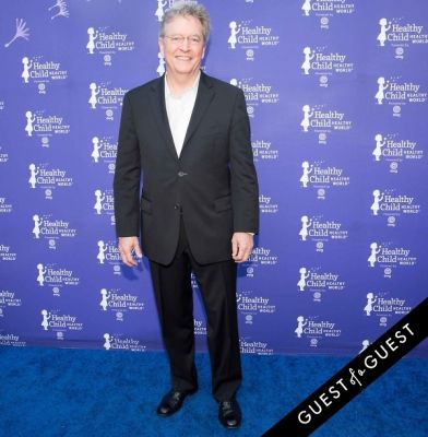 ken cook in Healthy Child Healthy World 23rd Annual Gala Red Carpet
