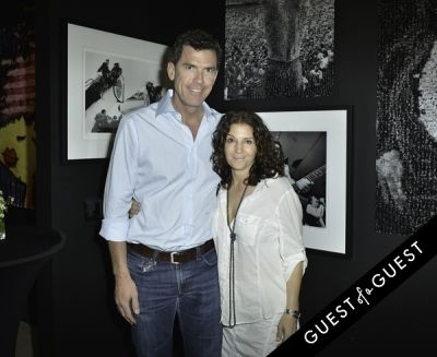 kevin mclaughlin in Mouche Gallery Presents the Opening of Artist Clara Hallencreutz's Exhibit
